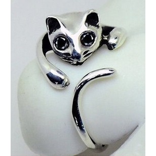 Silver cat ring with rhinestone eyes