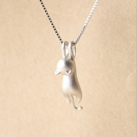 Cat pendant necklace in sterling silver