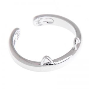 Silver-plated cat-ear ring