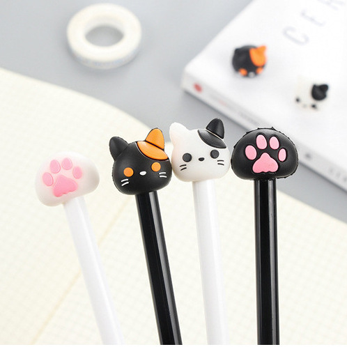 Black and white kitty head pens - set of 4